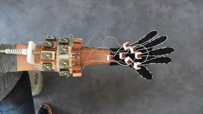 press-mri-glove-prototype