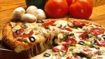 pizza, drink, food.jpg